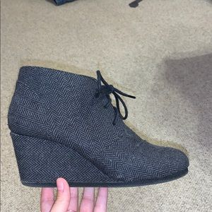 Maurices black wedge booties